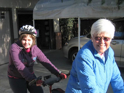 VIDEO: Anna and Kris Riding bikes.  Jan. 2, 2008