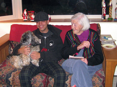 Kuma and Nate with Great Grandma Lillian