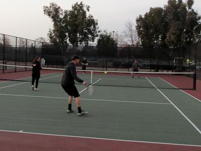 Tennis - Anna Kyle Lorin Lonny 12-28-11 019