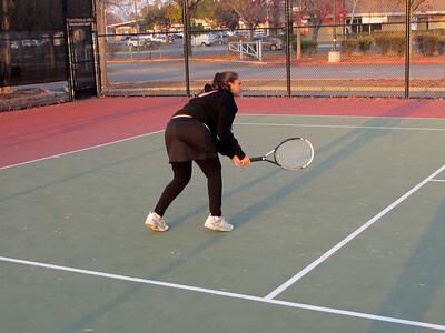 Tennis - Anna Kyle Lorin Lonny 12-28-11 002