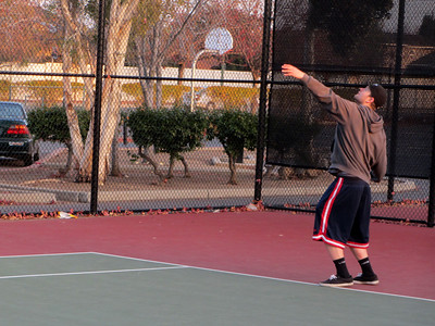 Tennis - Anna Kyle Lorin Lonny 12-28-11 010