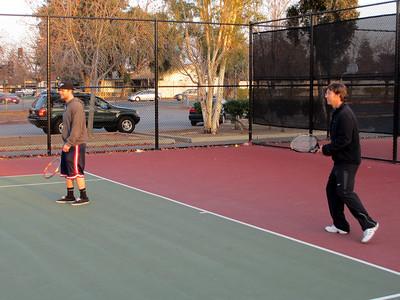 Tennis - Anna Kyle Lorin Lonny 12-28-11 008
