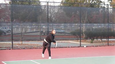 Tennis - Anna Kyle Lorin Lonny 12-28-11 023