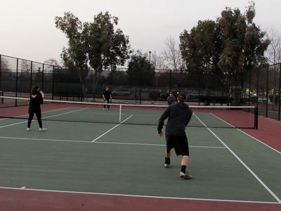 Tennis - Anna Kyle Lorin Lonny 12-28-11 017