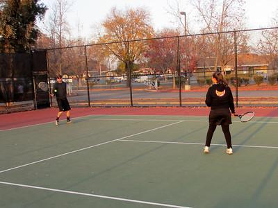 Tennis - Anna Kyle Lorin Lonny 12-28-11 006