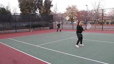 Tennis - Anna Kyle Lorin Lonny 12-28-11 028