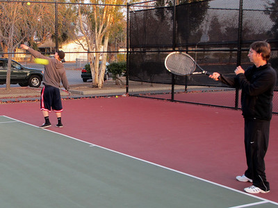 Tennis - Anna Kyle Lorin Lonny 12-28-11 009