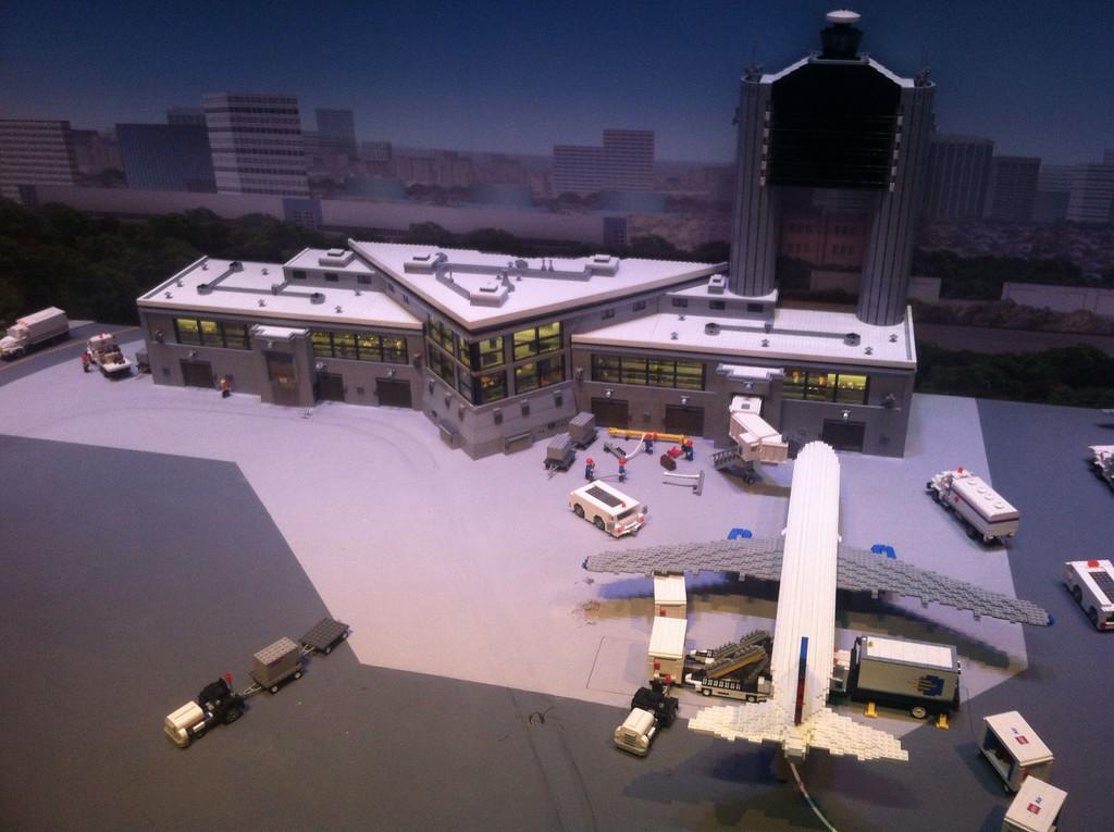 Logan Airport, Legoland Boston