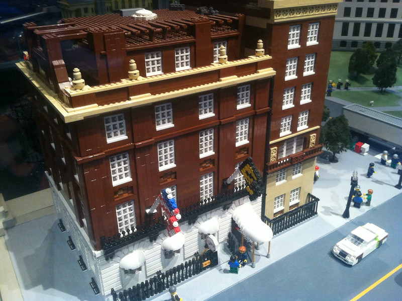 Cheers (Bull & Finch), Legoland Boston