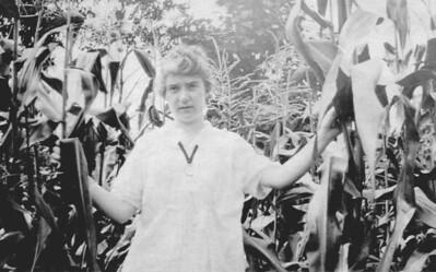 Anna Finan, ~1920
