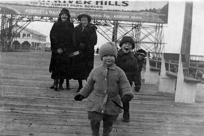 Patricia, Vincent, and Jane Finan, Asbury Park boardwalk, ~mid-1920s