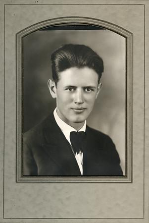 Glen Turner, 1927