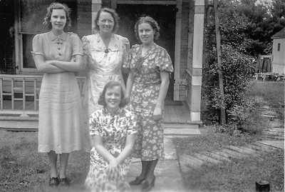 Vera, Anna, Valborg, Dagmar.jpg
