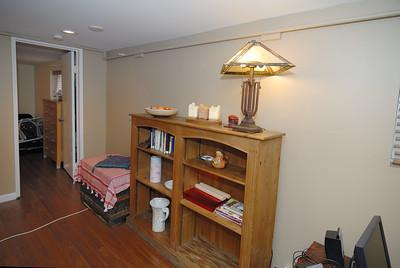 Basement livingroom - northwest