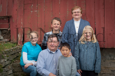 11-07-14 Jim and Marty Lemley with grandkids-5