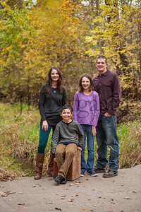 10-16-14 Kinn Family Portrait-11