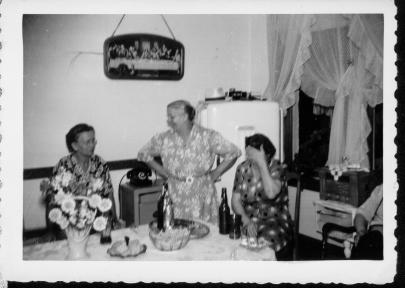 Ann Rymarz (Tabisz), Sophie Lesniak (Leo and Billy were sons), Antonina Tabisz (Wieczorek(1948)