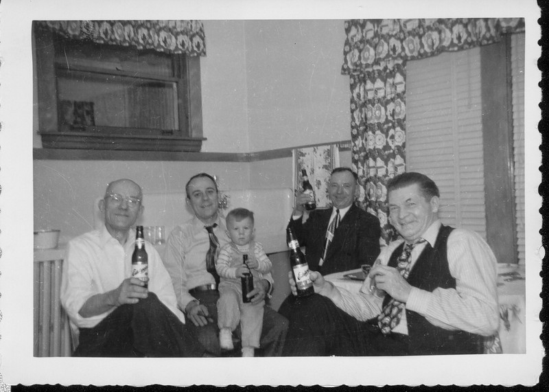 Philip Ronczkowski, Frank Ranch and Jerome Ranch, John Wieczorek, Alfred Benno (1949, at Phil's house on Frank's Place, Chicago IL)
