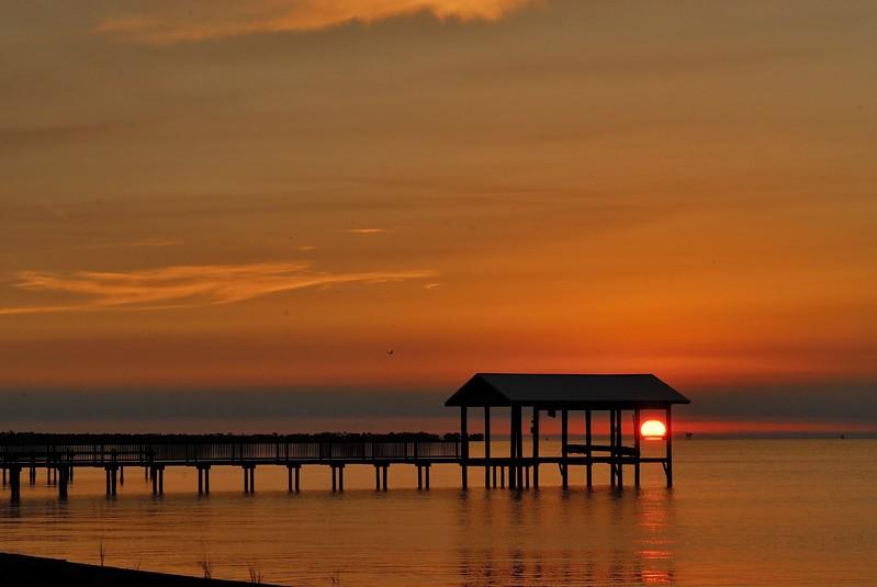 FM-2011-0130a Mobile Bay sunset
