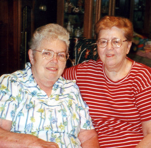Alice Hornbaker and Mary Akers, Aug 1998