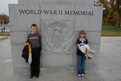 Aaron & Kyra at the World War II Veterans Memorial in Washington DC