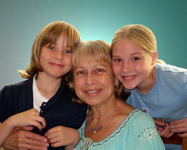 Taylor, Cathy, & Kayla