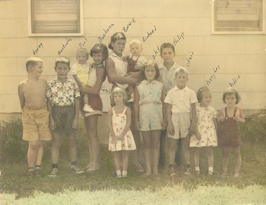 Family at Casey Park - Grand Children of Rev Gustave H Bechtold DD and Leona Bechtold nee Wetmore