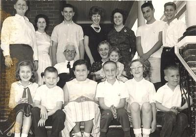 Henry, Bitsy, Philip, Barbara, Bonnie, Austin, Chris - Grandfather, Grandmother Mary Beth - Peggy Lee, Richard, Debbie, Paul, Carol, Roger