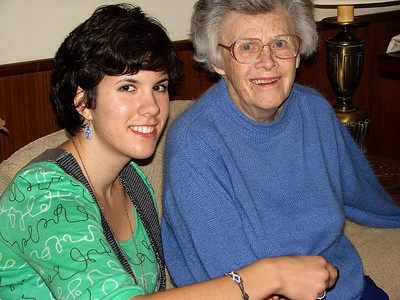 Jen Grandma NYVisit-jlb-10-10-08-4586f