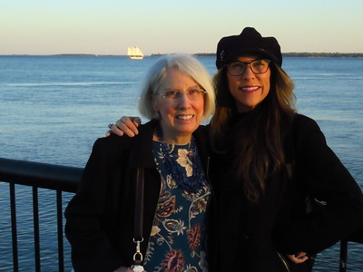 Jan & Jenny, Waterfront Park, Charleston, SC, march 22, 2019, 712pm IMG_7038