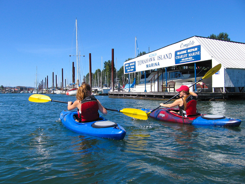 9.02.12  Kayaking on the Columbia River