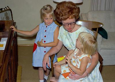 Margie Wiedlund, Barbara Wiedlund, Karen Wiedlund