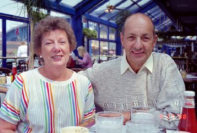 Mary Sundmacher, Bob Sundmacher