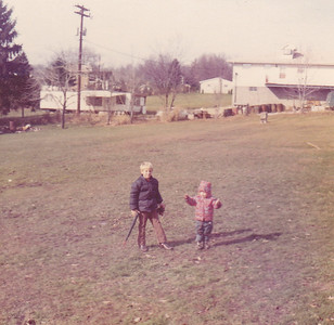 Carl & Kira across street from Ansik Nov 1972