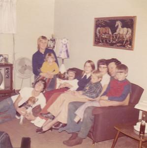 Freddie with Penny, Carolyn & Kira, Doug, Georgeanna, Yvonne with Carl, Fred with Chris. Nov 1972