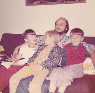 Doug, Carl, & Chris on Raoul's lap Nov 1972