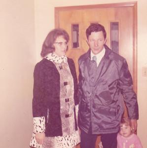 Yvonne & Fred & Kyra Nov 18, 1972