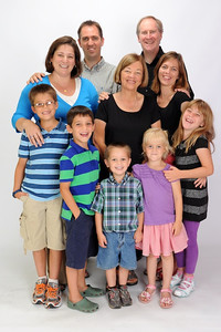 Neill, Amanda and boys on left, Grandma Donna in middle, Rachel, Nick and girls on right