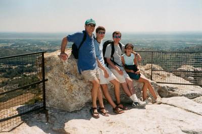 family-provence-rock