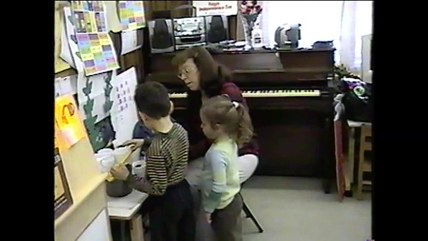 Sue Teaching..Early years