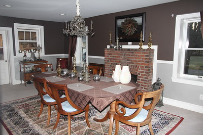 always take a dining room pix at Chapman's - my parents dining room furniture brings back memories