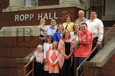 5-01-17 Greg and Donna Wannemacher Family at Ropp Hall-5