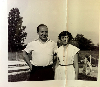 Bob and Diane Diskin in Florida