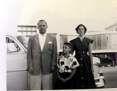 Bob, Diane, David in Florida.  1954 White Oldsmobile.