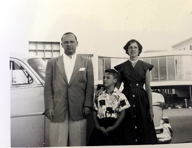 Bob, Diane, David in Florida.  1954 White Oldsmobile.
