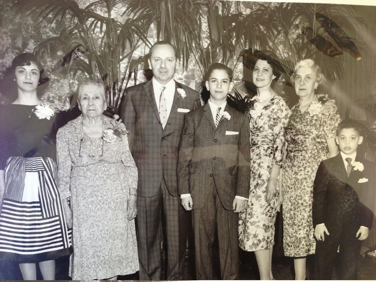 Sandy, Grandma Diskin, Bob, David, Diane, Grandma Small, Mark, David's Bar Mitzvah