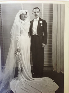 Bob and Diane Diskin's wedding picture (1938)