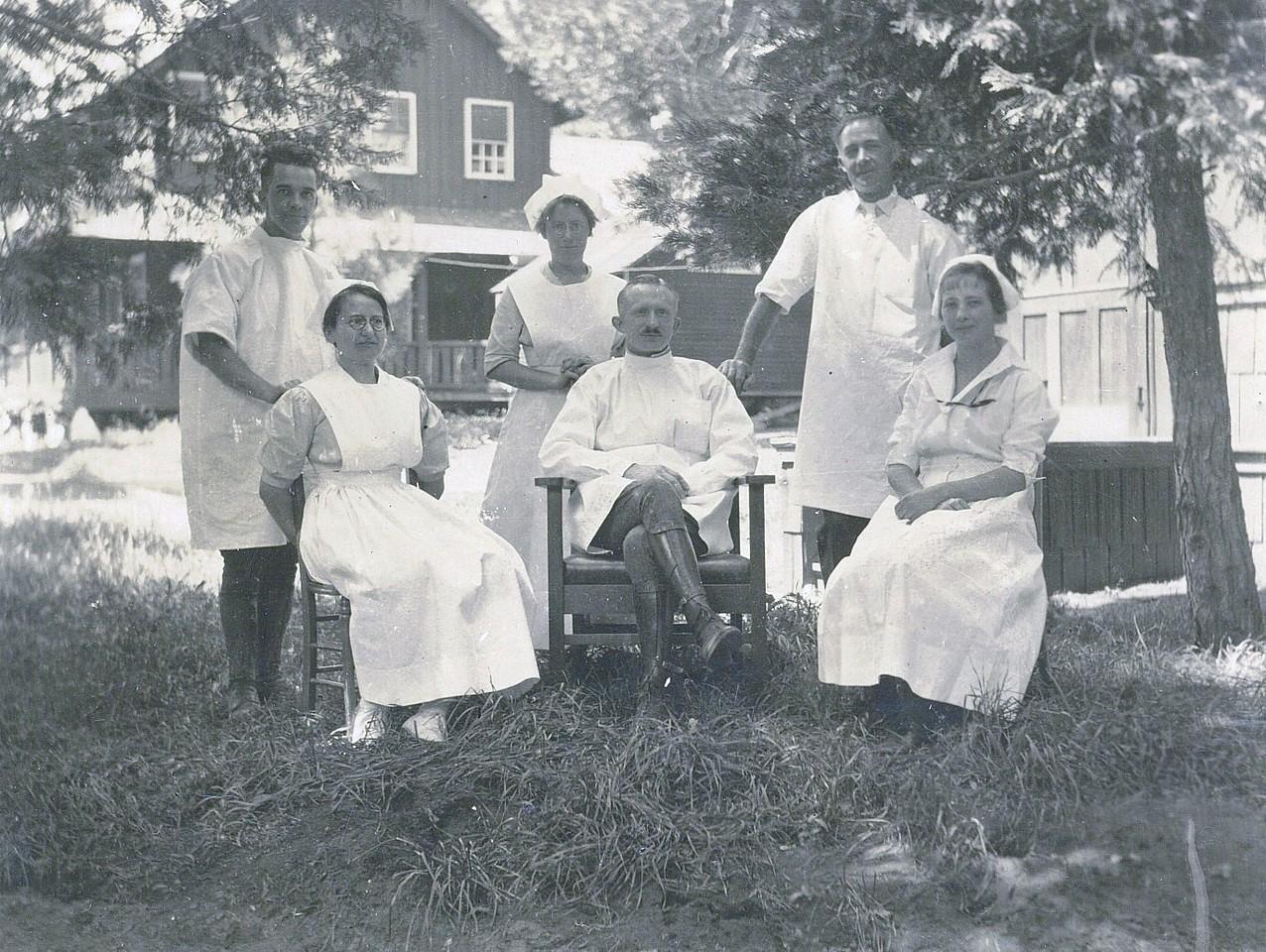1919 Dr. Stein, Yosemite & Staff