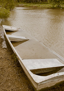 sunken boat (1 of 1)