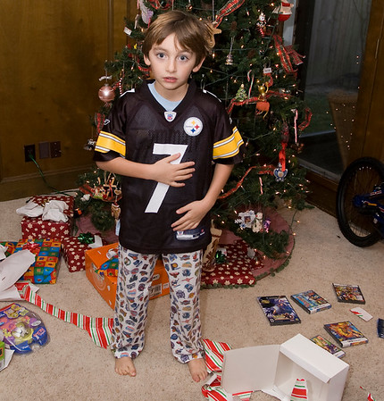 opening presents-0471